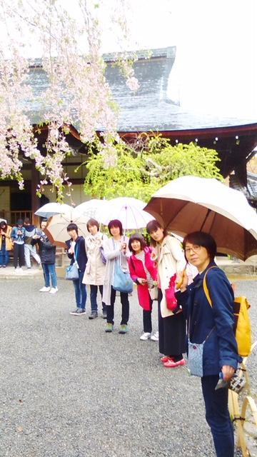 仲間7人で京都のバスツアー