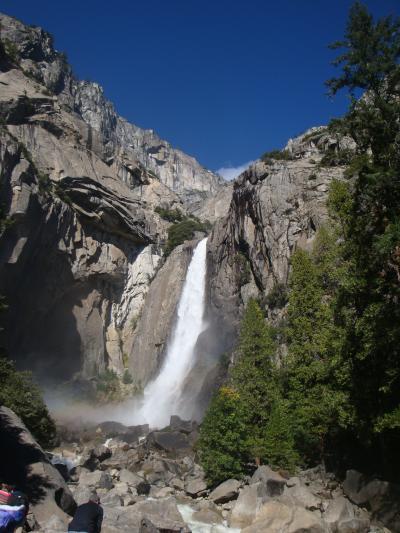再びのビジネスクラス、すべてが想像を超える絶景、広大さに驚くばかりの旅①凄い水量のヨセミテ滝