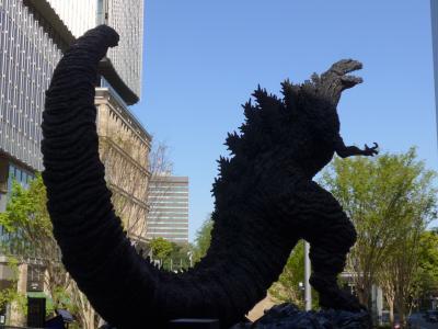 今度は東京の像を見て回る弾丸ツアー!! Part2 有楽町&日比谷駅周辺で見つけた「ゴジラ像」と「江戸城を築城した太田道灌像」そして周辺の街並み!! O(^-^)O