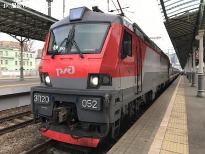 鉄路は続くPART2 ?モスクワ?ベルリン国際寝台急行列車「ストリージィ(スイフト)」号の旅(1)