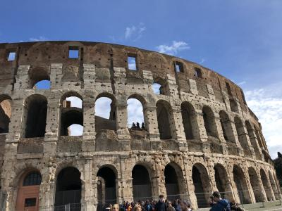 最後の旅行地ローマ、茶売さん念願のコロッセオ、34年かかって中に入れた。感動。(その1)