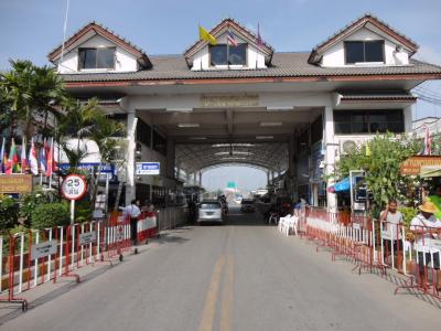 タイ訪問記7 「ここも国境の町メーソート」メーサイだけではないミャンマー国境へ