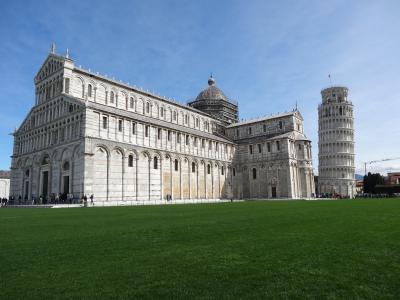 フィレンツェからピサ・ルッカへ日帰り旅行