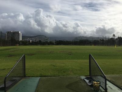 ハワイでゴルフの打ちっ放し