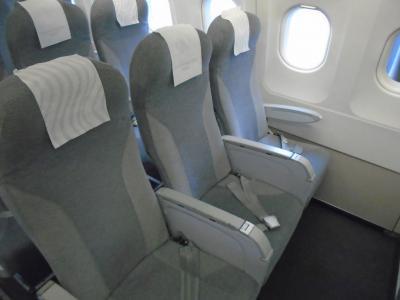 AY1361(HEL-MAN)ビジネスクラス機内食
