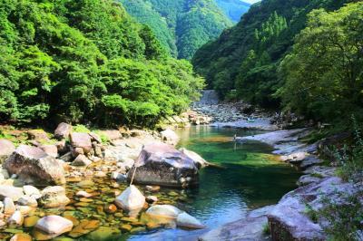 青く澄んだ銚子川へ日帰り旅行