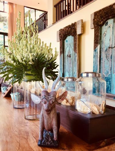 ゴールデンウィーク直前   4度目のバリ      ミッション    浴衣でバリ式結婚式に参加する   &   コマネカアットビスマでスパを体験 &ウブドで自然派コスメを買う。Part2