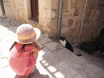 春うらら♪子連れで行くドブロブニク・コトル・モスタル GWのドライブ旅行(6)クロアチアに愛を込めて。赤白チェックワンピで歩く旧市街