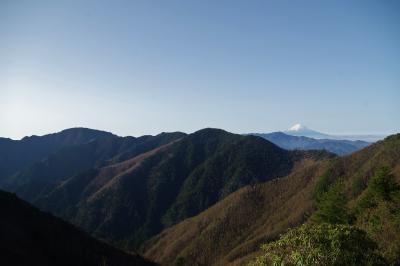 和名倉山/飛竜山 将監小屋から奥秩父の秘峰へ