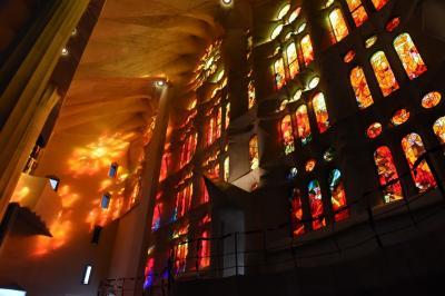 2017年(10) スペイン<バルセロナ/グエル教会、モンセラット、サグラダ・ファミリア,ゴシック地区,グエル公園>