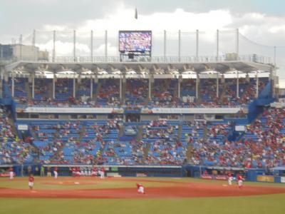 プロ野球観戦 東京ヤクルト・広島 CARP 本日銀座線工事のため区間運休