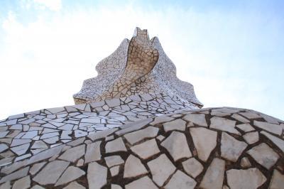 2018年GW エキゾチックなモロッコへ【2】初スペイン・バルセロナ~ミラさん家って石切場?~