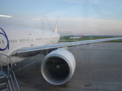 ボーイング777-300に乗りました。CDG-HND JAL46便。いろいろとありました。