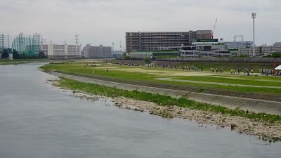 宝塚市散策 伊丹市西野から宝塚市役所前の武庫川とJR中山寺経由し帰宅 下巻。