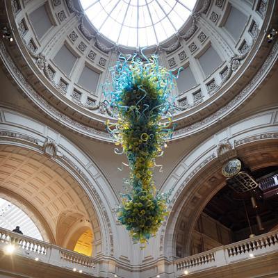 ロンドンGWぼっち旅02 ヴィクトリア&アルバート館。想定内の電池切れ