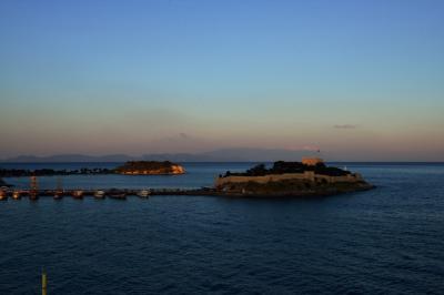 ギリシャ(8) クシャダス1 ギュウルジン島