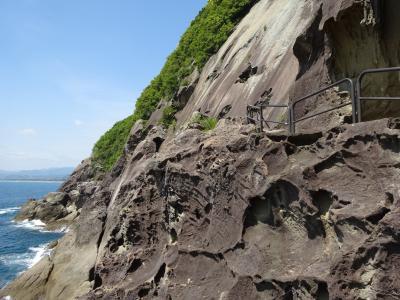 巨岩・奇岩の紀伊半島で車中泊 その7 予想を超えた鬼ヶ城と、憧れの熊野古道馬越峠