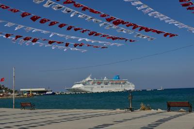 ギリシャ(10) クシャダシ3 ビーチ遊歩道