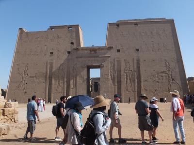 ナイル川クルーズとエジプト満喫8日間 その3 エドフ~アスワン