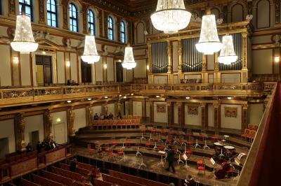 ウィーン、マルタ島、ローマ旅 2018<5>「Cafe Imperial」でランチ&「黄金ホール」でコンサート!編