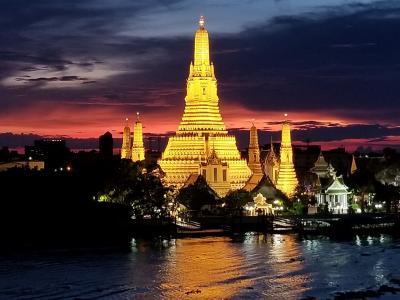 四川航空、上海航空、中国東方航空のビジネスクラスで行く四川成都とバンコクGW4日間 その2 ワットアルンが見えるホテル リヴァ アルン バンコクRiva Arun Bangkok ホテル紹介とテラスからの素晴らしい眺め