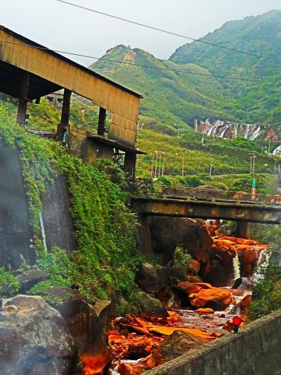 十分-2 金瓜石鉱山跡付近 金/銅の産出多量に ☆日本統治時代繁栄の遺跡