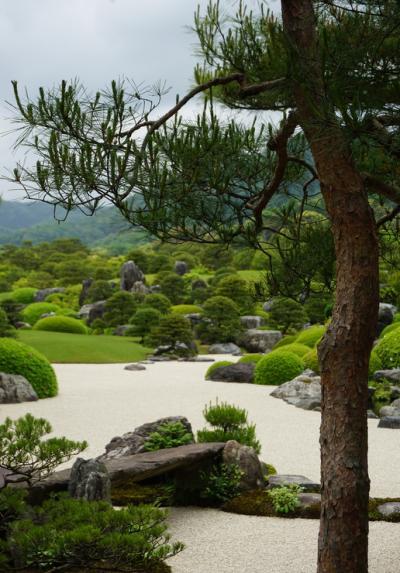 神話の国・出雲の旅♪ その1 15年連続日本一の美しい庭園/足立美術館と美人の湯/玉造温泉