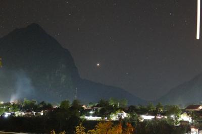 【ノーンキャウ Nong Khiaw】満天の星空撮影と。。写ったのはホタルなのか!?