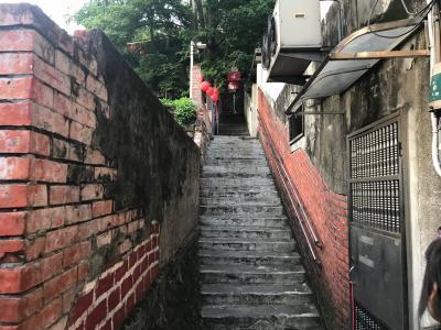 台湾北投温泉と老街をめぐる旅2日目:日曜マーケットと淡水老街