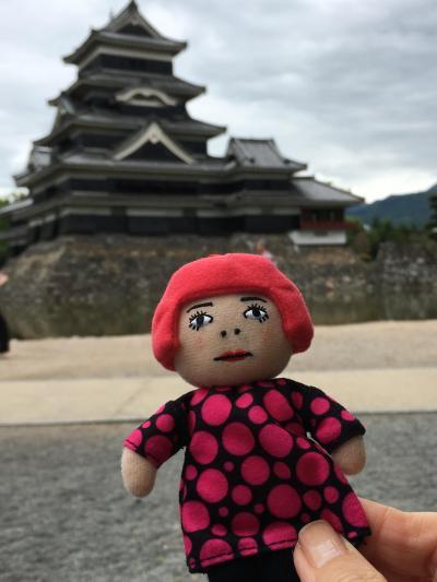 草間彌生展と松本城