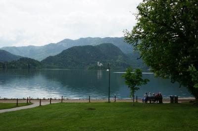 ファッション好きとデザイン好きが行く、クロアチアの親子旅⑧ヨーロッパの穴場スロベニア!リュブリャナ・ブレット湖1日日帰りツアー ブレット湖編
