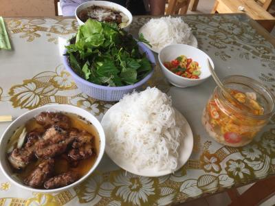 二度目のハノイ・① ブンチャーに大満足。バッチャン焼きに、激安バスで行き、そしてタクシーでベトナムの洗礼を受けた初日。