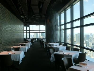 プライム42ー東京都心・汐留シティセンター最上階(42階)天空のランチビュッフェは2800円