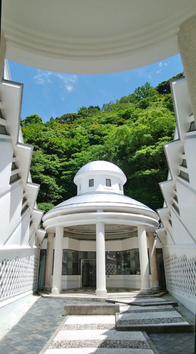 伊豆松崎・長八美術館の土佐漆喰を見る