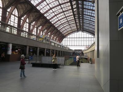 美しいアントワープ中央駅