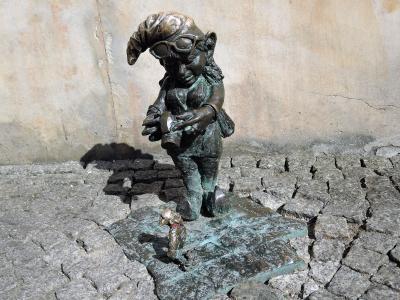 菜の花畑と新緑に輝くポーランドの世界遺産を巡る8日間【番外編】3日目:ヴロツワフで出会った小人たち