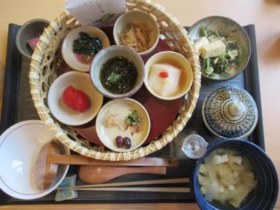 沖縄2018初夏(10)アリビラ・ぬちぐすい御膳~医食同源のヘルシー料理