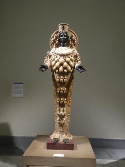 2018年GW アラ還夫婦の個人旅行ナポリ編 移動 国立考古学博物館 サンタルチア