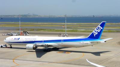 ANAの旅作利用で行く、東京2泊3日の旅【羽田空港で昼食&散策後、JAL工場見学~SKY MUSEUM~参加の為、新整備場に移動編】