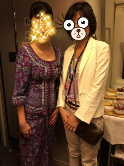 成田→ロサンゼルス(シンガポール航空ビジネスクラス)搭乗/シンガポールガール紫様がいらした!