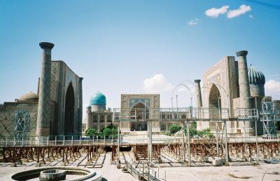 2001年7月、文明の交差点ウズベキスタンへ②=サマルカンド&シャフリサーブス