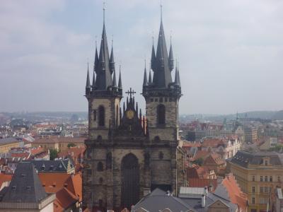 マイレージで行く春の中欧の旅(3)百塔の街と言われるプラハを歩いてみた