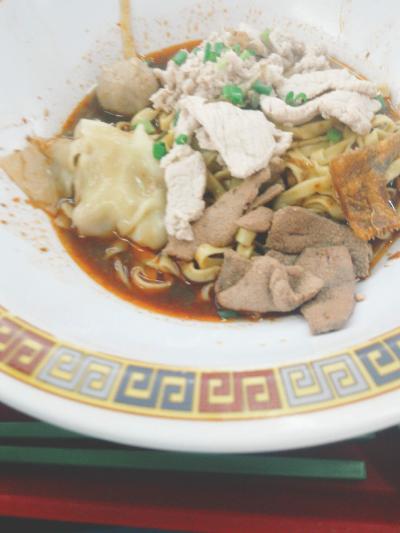 3日目昼食 大華豬肉粿條麵(Hill Street Tai Hwa Pork Noodle)