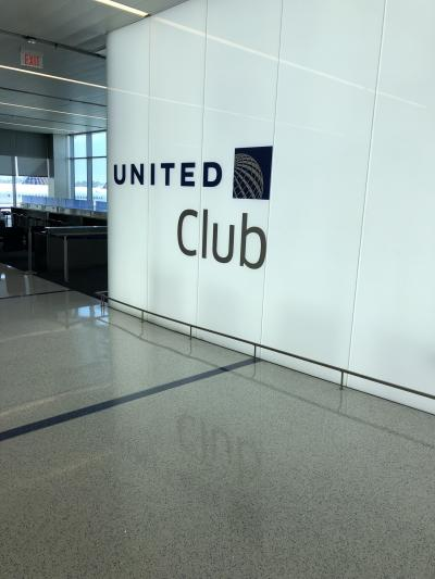 2018年 5月 弾丸日本里帰り旅行記 帰国編 シンガポール航空NRT/LAX と ロサンゼルス国際空港の新装なった United Club Lounge