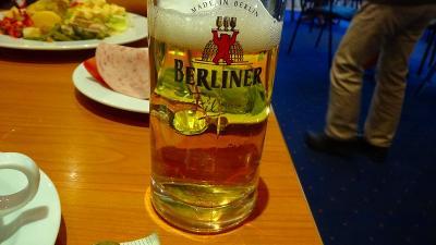 ドイツ大周遊(20) ベルリンへ約300キロ移動し、ホテルにチェック・イン後夕食。