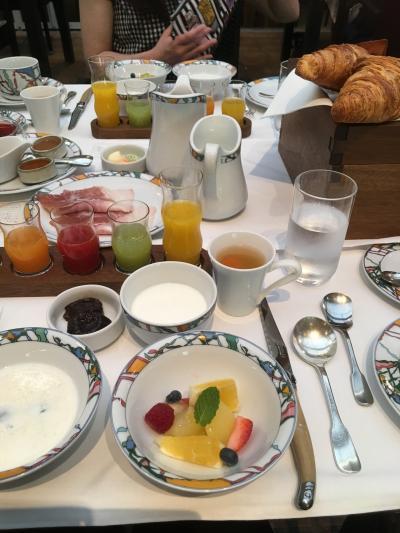 神戸北野ホテルで乙女な客室と世界一の朝食を堪能!!