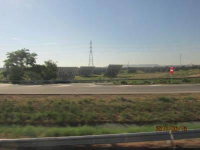 イベリア周遊の旅(169)サラゴザまでの車窓風景。