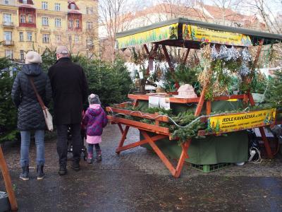 2017,12月 チェコへ ⑧プラハ(1)イジャーク・ファーマーズマーケット、ヴァ―ツラフ広場