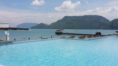 マレーシアランカウイ高級リゾート見物する