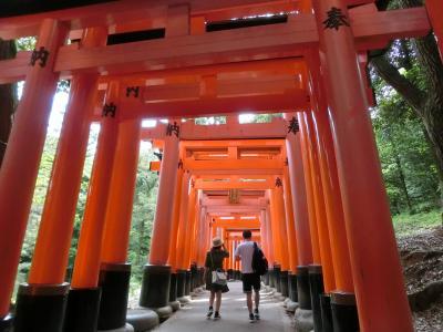 昔の仲間と、今年は奈良・京都その5:四条通界隈と伏見稲荷大社。
